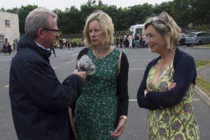 Declan Gibbons speaks to School Principal, Mairéad ni Fhloinn