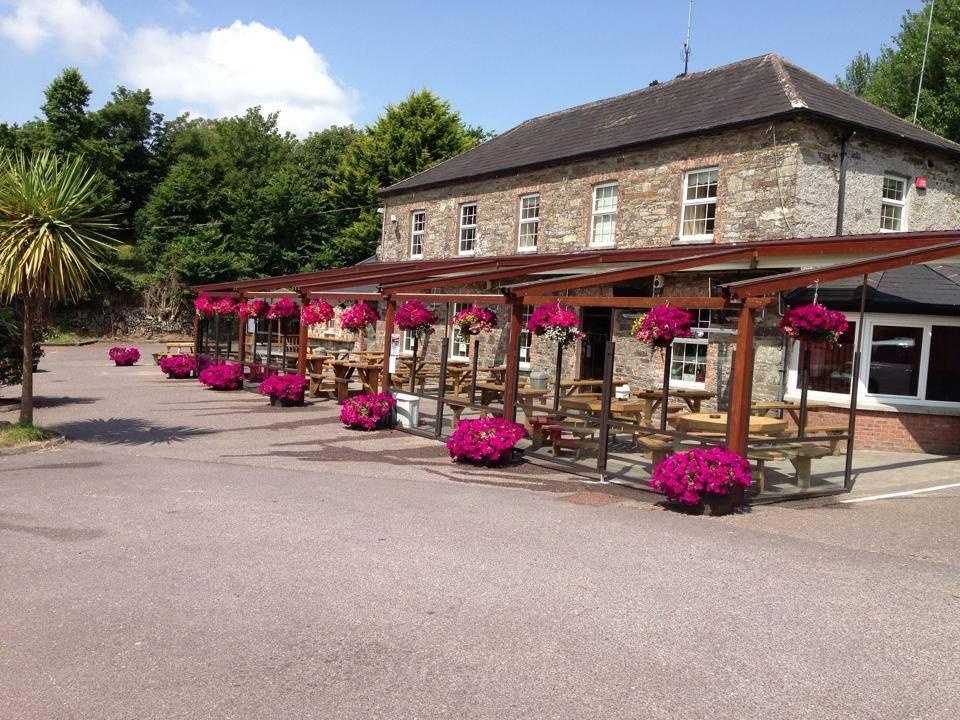 Farrell's Summerfield Bar